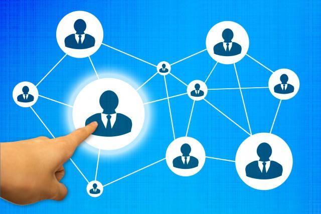 レイノスの人材ネットワークイメージ
