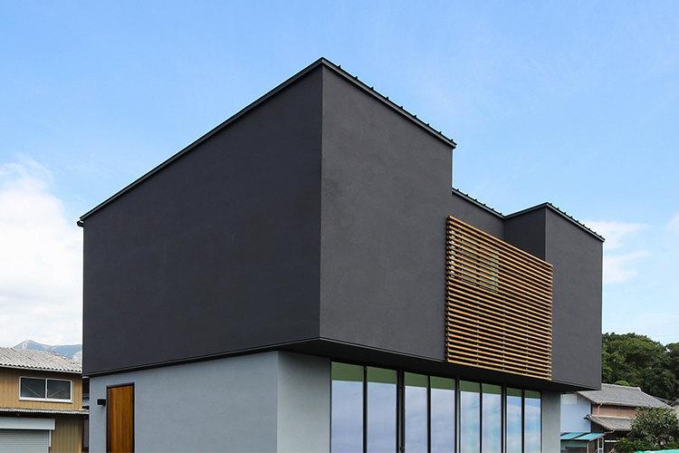 ハウスクラフトの素材感を楽しむ家施工事例