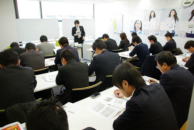 日本エコエネシステムの研修風景