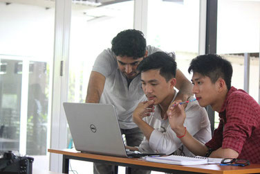 キリロム工科大学の授業風景